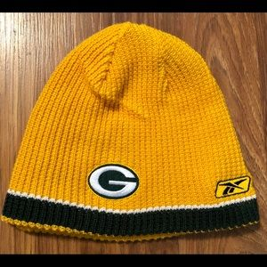 REVERSIBLE Green Bay Packers Knitted Beanie
